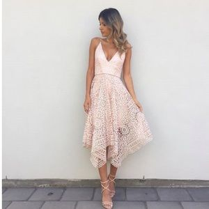 Dresses & Skirts - Pearl Pink Lace Evening Dress